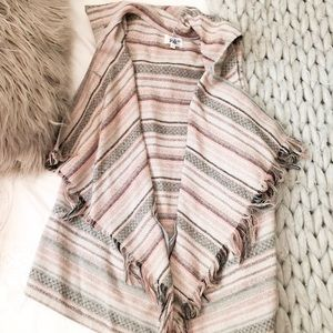 Nordstrom sleeve less poncho